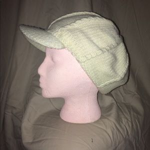 Accessories - Cream newsy cap knit hat